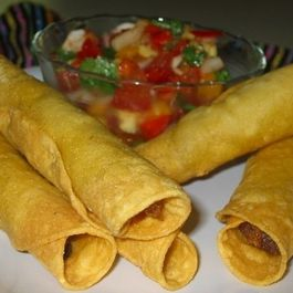 Taquitos_salsa