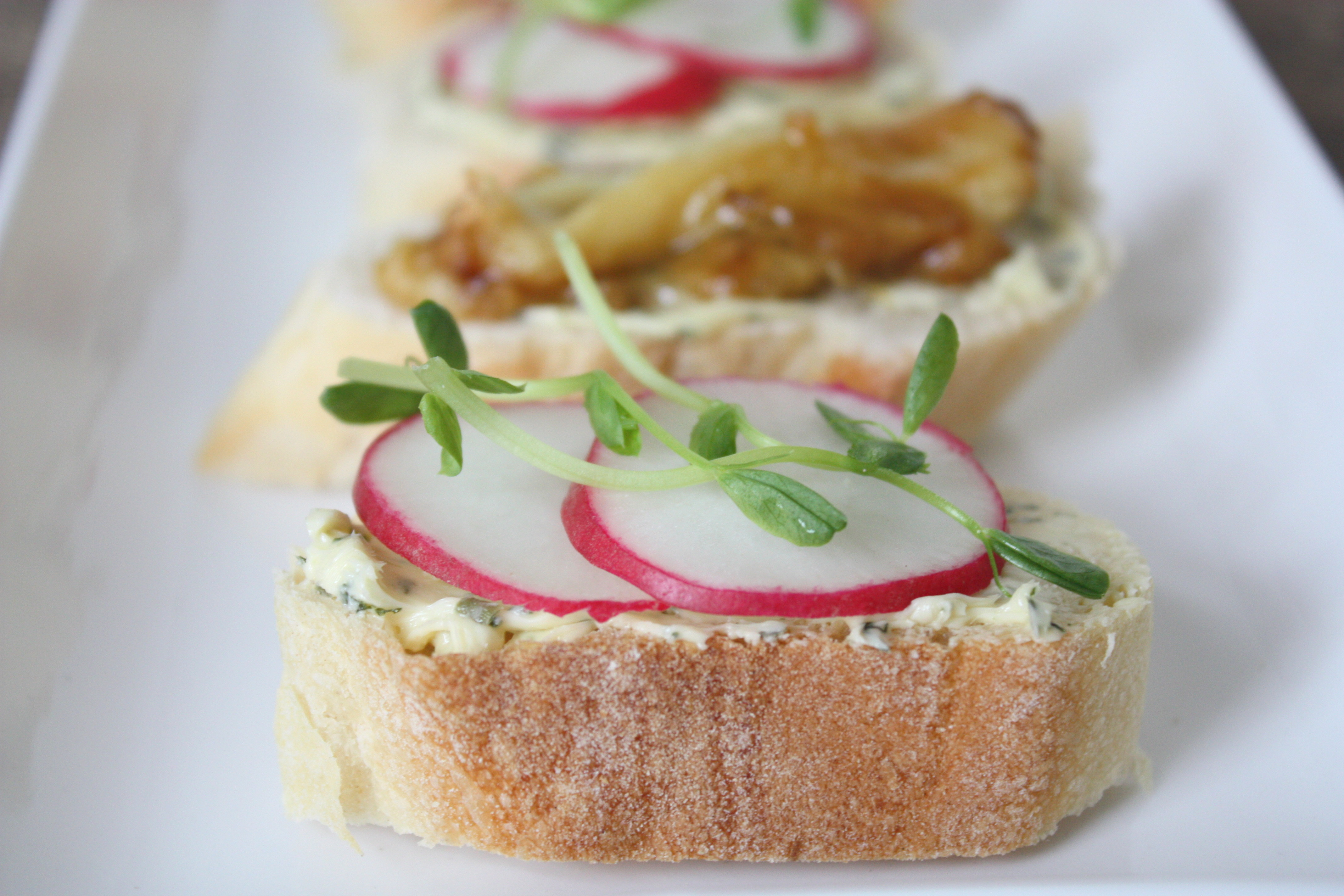 Spring Radish Crostini with creamy Herb Butter