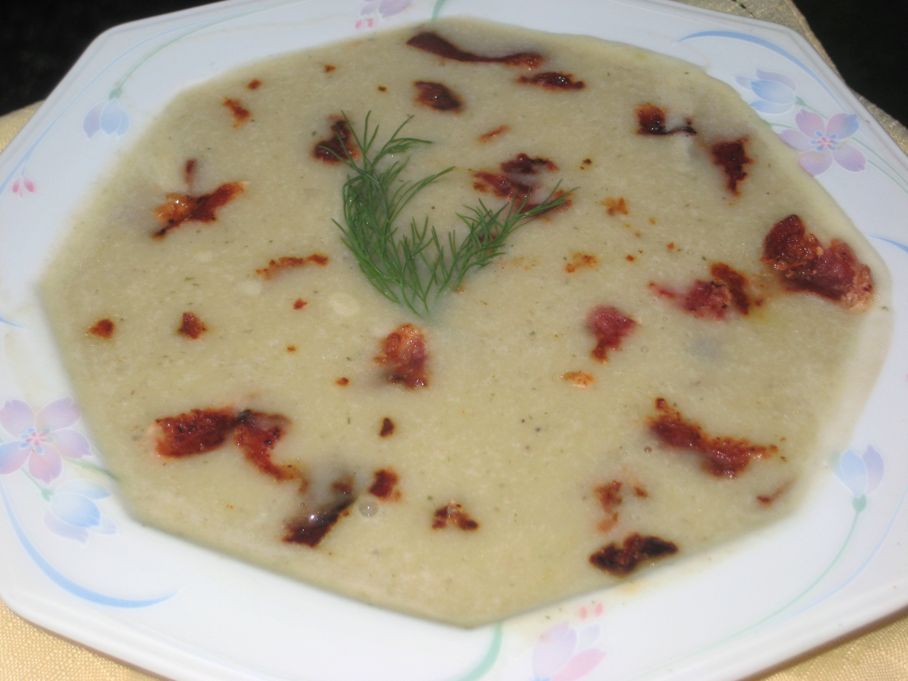 Creamed Potato, Mushroom, Leek Soup with Hickory Smoked Bacon Bits