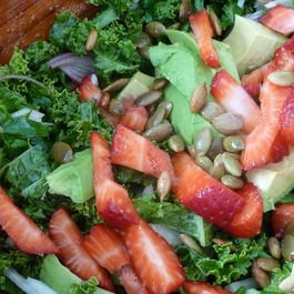 Kale_avocado_sb_salad