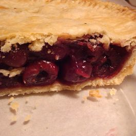 Cherry_contrary_pie