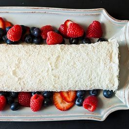 Fancy_pavlova_log