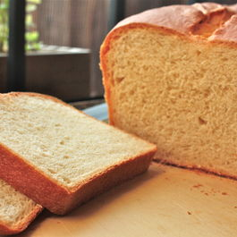 White Sandwich Bread Loaf
