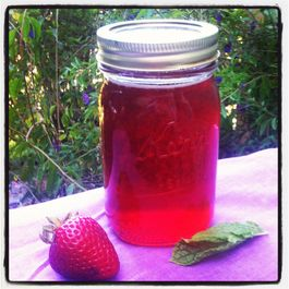 Strawberry-mint-simple-syrup