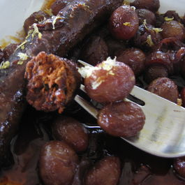 Merguez_and_grapes