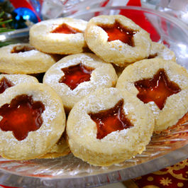 Low-Carb Linzer Cookies for Christmas