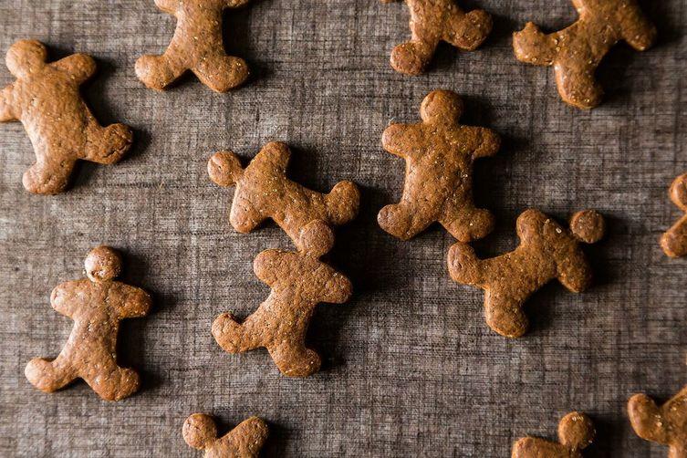 Stress-Free Vegan Holiday Gingerbread Cookies