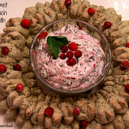 Holiday Spinach Bread Wreath (with Cranberry Spinach 'Wow' Dip