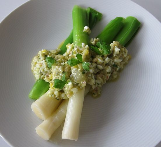 Leeks with Sauce Gribiche