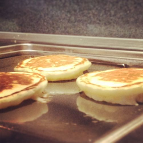 Gravity-defying Basic Buttermilk Pancakes