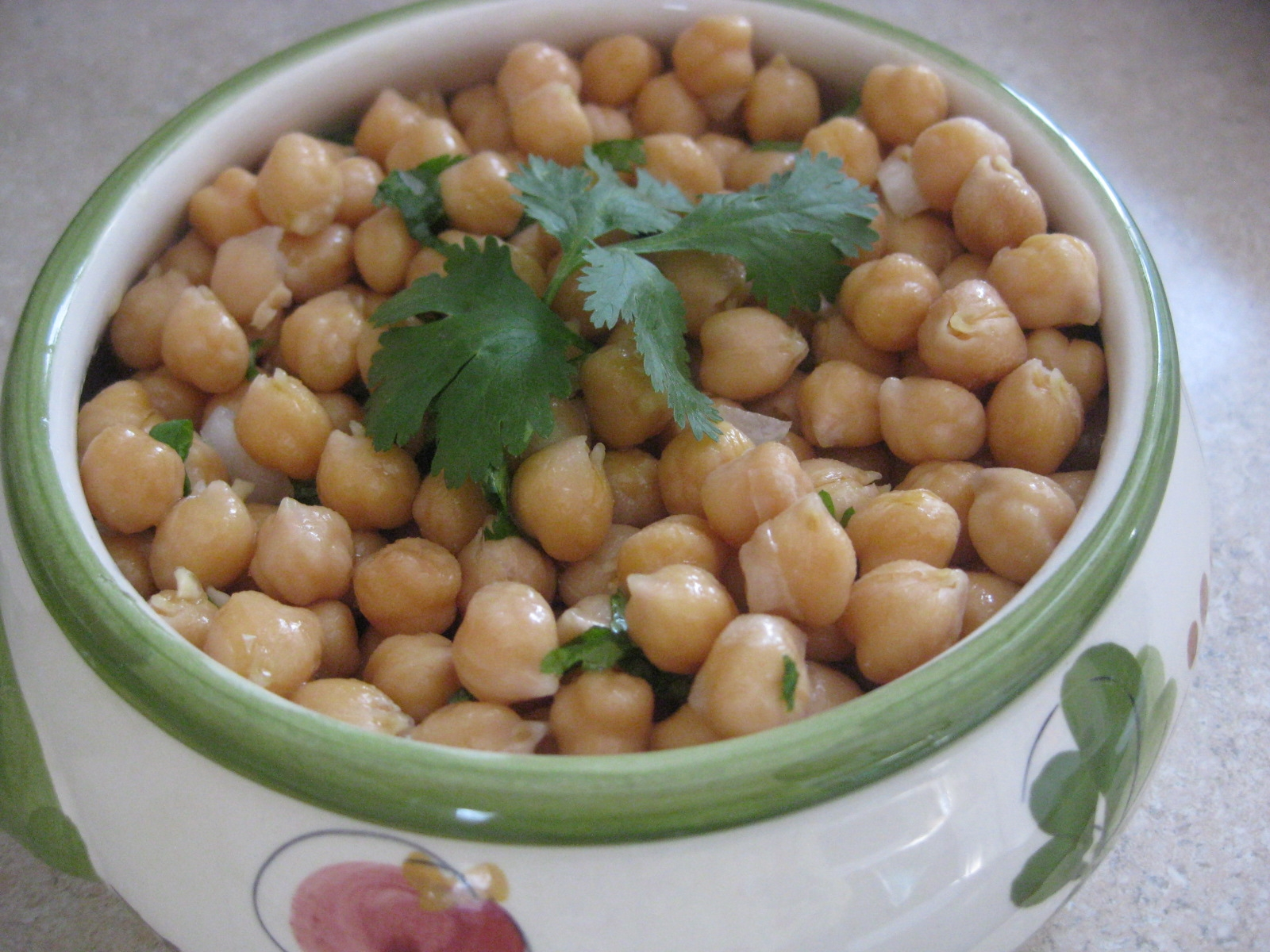 Garbanzo beans salad