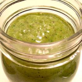 Creamy Kale and Kiwi Smoothie