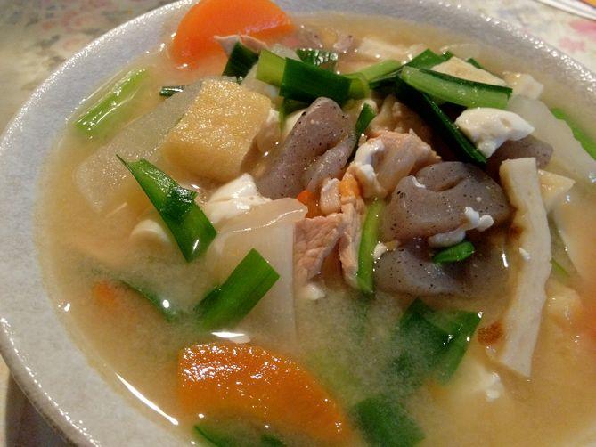 Tasty Tonjiru for 20 under $10 - Japanese Pork Soup