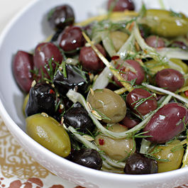 Img_7559-marinated-olives-with-fennel-l