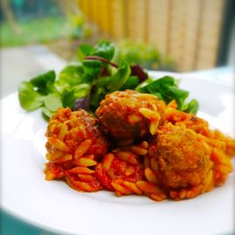 Meatballs_and_orzo