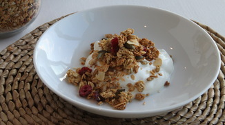 Anna_may_everyday_granola