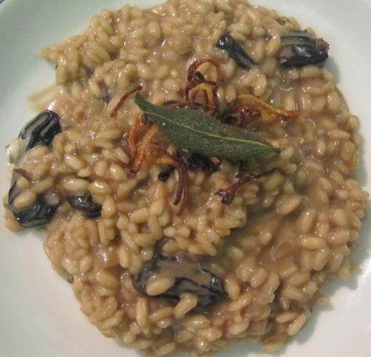 Balsamic Risotto with Prima Black Raisins, Crispy Shallots and Sage