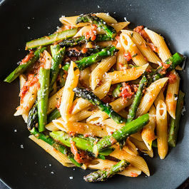 Vegetarian pasta by Utopiandeviant