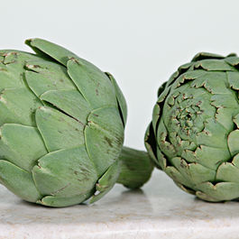 Img_5397_two_artichokes