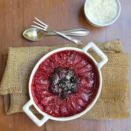 Roasted_berries_with_lime_and_coconut-600