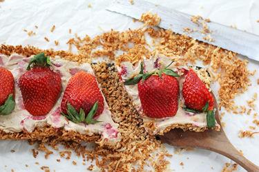 Strawberry Macaroon Tart