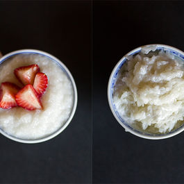 Two Types of Thai Coconut Sticky Rice