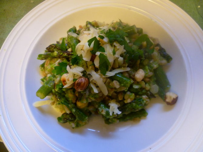 Farro Risotto with Asparagus and Hazelnuts