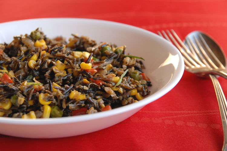 Wild rice salad with tarragon oil