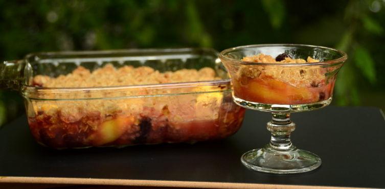 Blackberry-Peach-Sage Crisptacular