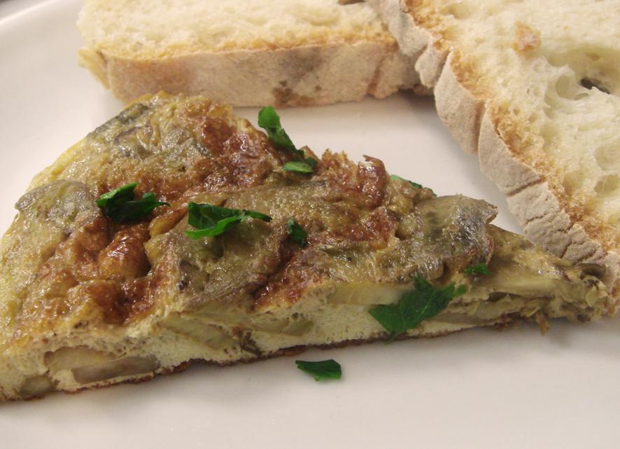 Artichoke Hearts and Onion Omelette - Omelette aux Oignons et Coeurs d' Artichauts