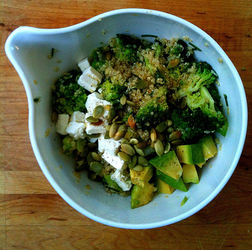 Lemony Quinoa Broccoli Salad