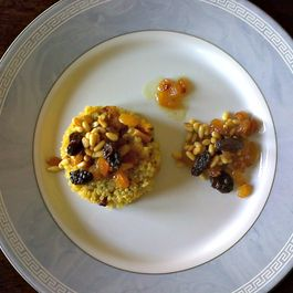 Curry_quinoa_pilaf_with_roasted_butternut_squash_and_raisin_mix