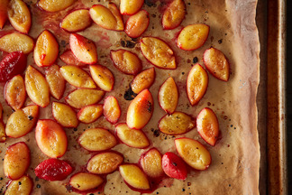 Roasted Plums with Vanilla Bean
