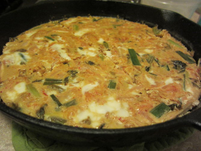Kimchi Frittata with Sriracha Drizzle