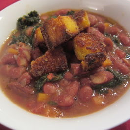 Meaty_red_bean_soup_with_cornbread_croutons