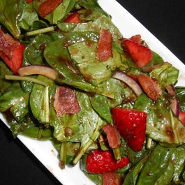 Strawberry_basil_spinach_salad_smaller
