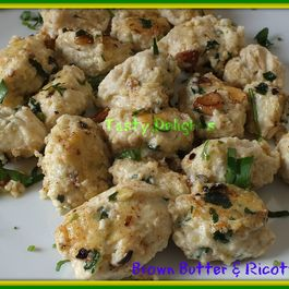 Carrot_muffins__ricotta_dumplings__pizza__026a