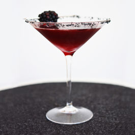 Black-widow-martini