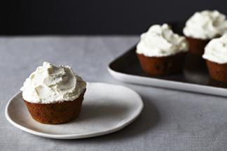 2013-1015-wildcard-pumkin-muffins-005