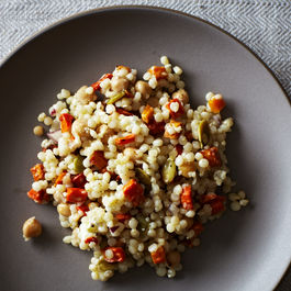 2013-1015-wildcard-pearl-couscous-with-roasted-chickpeas-and-pepitas-005