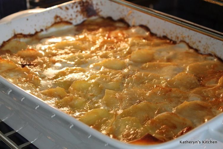 Scalloped Potatoes with Caramelized Onions