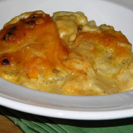 Au-gratin-potatoes-served