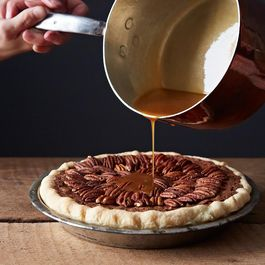 2013-1119_cp_salted-caramel-chocolate-pecan-pie-066