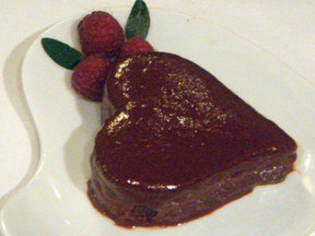 Chocolate_and_raspberry_valentine_s_cake_last