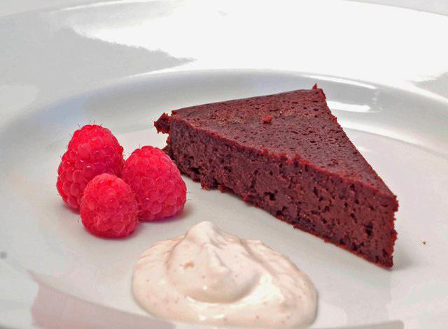 Cardamom Orange Flourless Chocolate Cake
