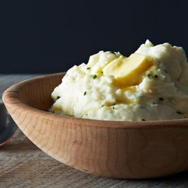 Monica's Sour Cream and Chive Mashed Potatoes