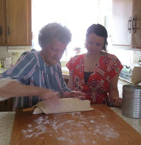 Oma's Chicken Paprikash