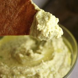 Roasted-poblano-hummus