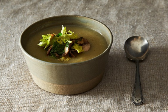 2013-1216_wc_celeriac-potato-soup-012