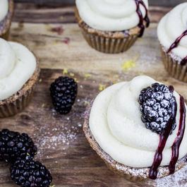 Blackberry_bourbon_cupcakes-3